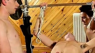 Anal-gaping-male-only-some-men-are-a-lot-lighter-than-others_01
