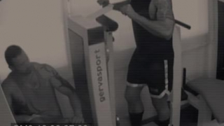 Bareback 3 hot way in the gym