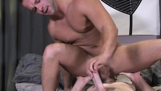 big-dick-gay-oral-sex-and-facial_01-2