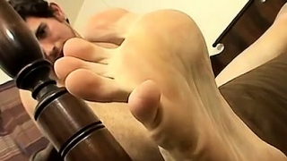 Cum-gay-naked-male-big-feet-hot-cum-splashed-boy-feet_01