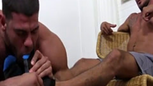 Cute Teen Boy Feet And Ass And Suck Black Male Toe Gay Johnny's Un