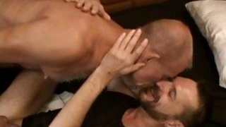 Gay-dude-gets-his-tight-anus-fisted-part1_01