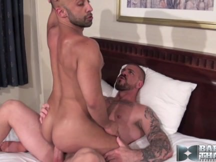 hung muscle dad returns Gay XXX Gay Porn Tube Video Image