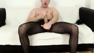 Incredible-twink-boy-clark-having-fun-in-pantyhose_01