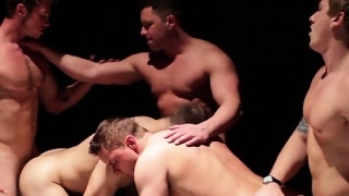muscle-gay-anal-sex-and-cumshot_01-139