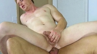 Muscle-gay-oral-sex-with-cumshot_01-49