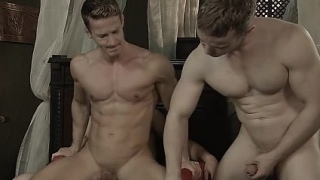 Muscle-jock-threesome-with-facial-cum_01