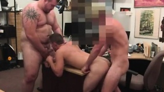 Straight-college-boys-getting-gay-massage-guy-completes-up-w_01