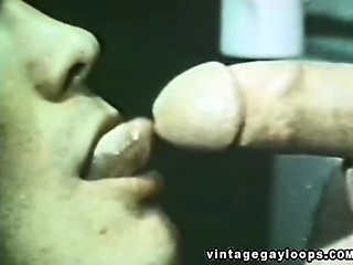 Two Horny Men Makes Awesome Blowjobs In A Public Washroom