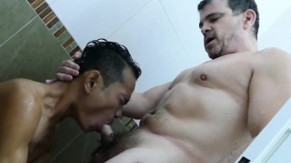 Versatile-pinoy-assfucked-in-bathtub_01