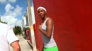 white-gay-cums-on-face-of-his-black-boyfriend-after-nice-sex_01
